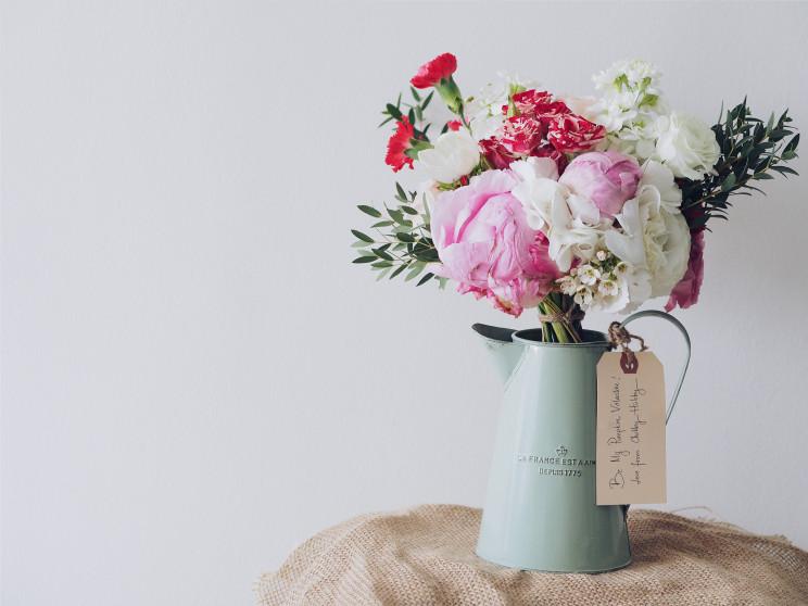 As flores são sempre uma boa opção / Photo by Leonardo Wong on Unsplash