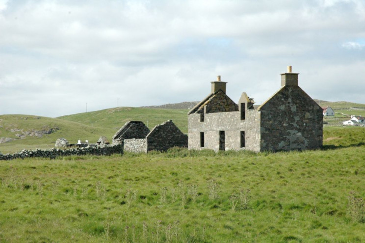 Na Escócia