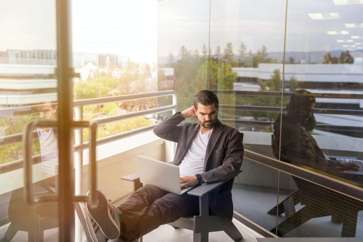 LinkedIn Sales Navigator on Unsplash