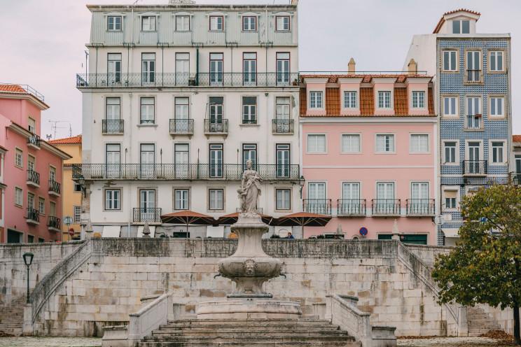 Photo by Freguesia de Estrela on Unsplash